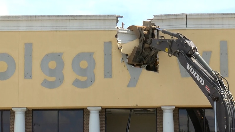 The space has been vacant for more than eight years, after the Piggly Wiggly closed down in 2013.