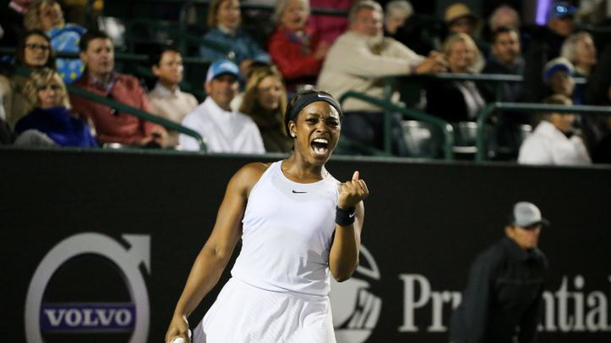 Top-seed Sloane Stephens survived a 3-set match to move on to the quarterfinals on Friday....