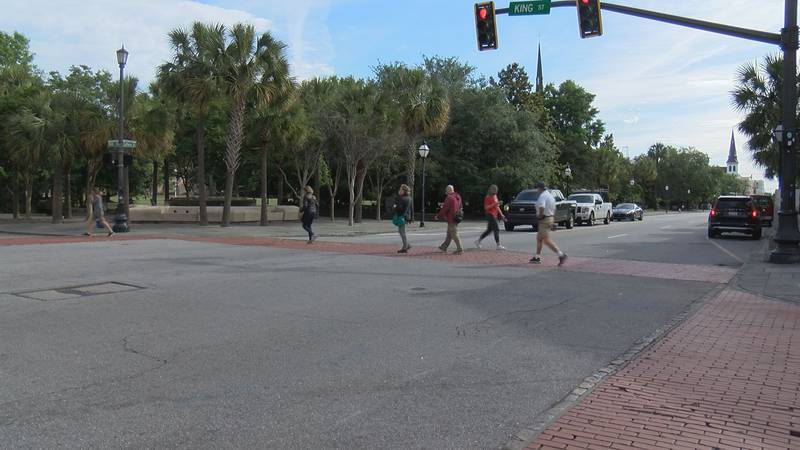 """Transportation officials want to put in a """"pedestrian scramble"""" at certain intersections in..."""