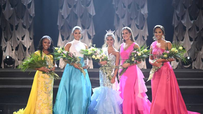 A high school student in Hanahan has been crowned Miss South Carolina Teen 2021.