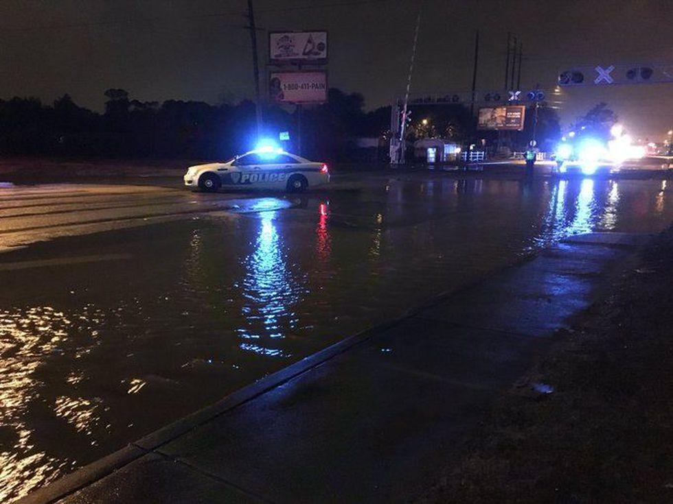 Crews working a water main break in North Charleston (Source: Live 5)