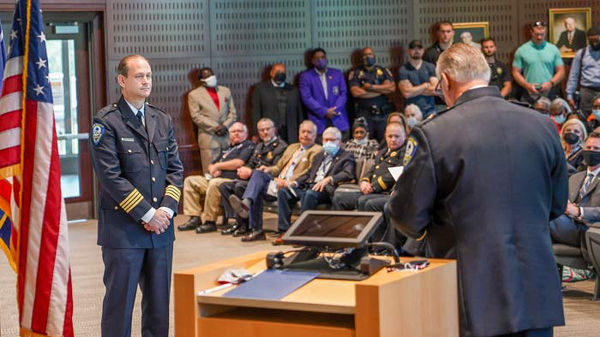 Mount Pleasant Police Chief Mark Arnold was promoted into his new position Thursday morning.
