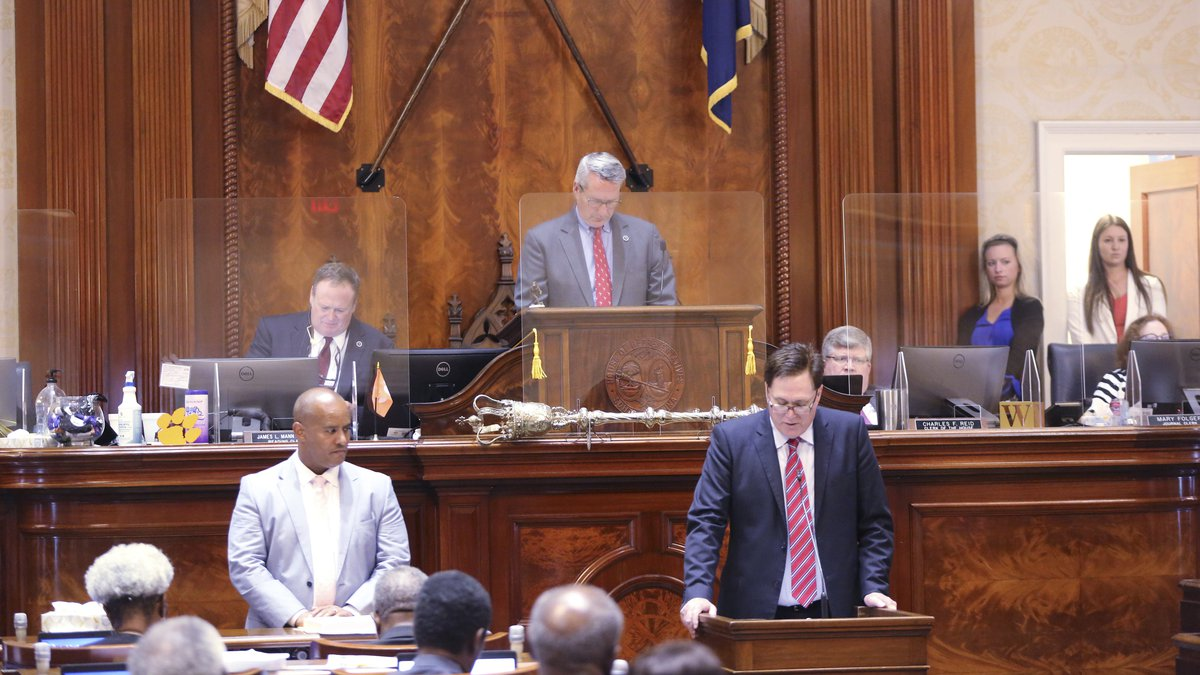South Carolina House Speaker Jay Lucas, right, R-Hartsville, asks fellow House members to...