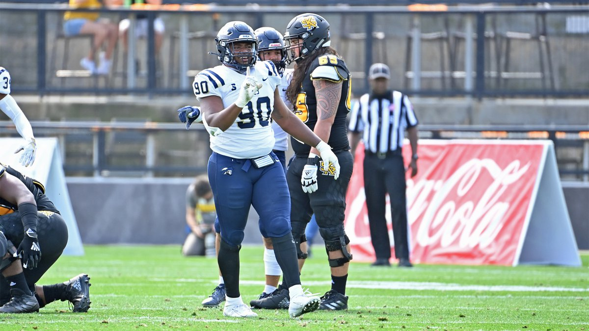 Charleston Southern defensive lineman Shaundre Mims was named to the preseason All-Big South...