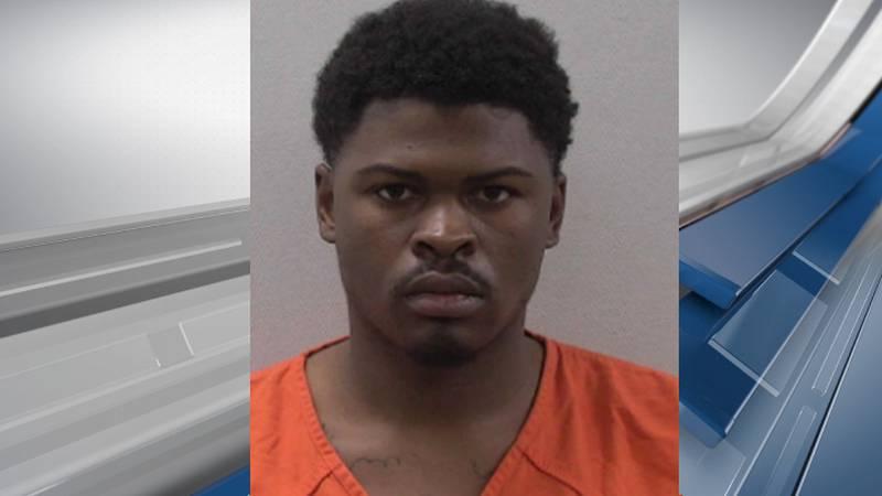 Deputies say Zayvone Tornell Green had 37 outstanding warrants in Georgia.