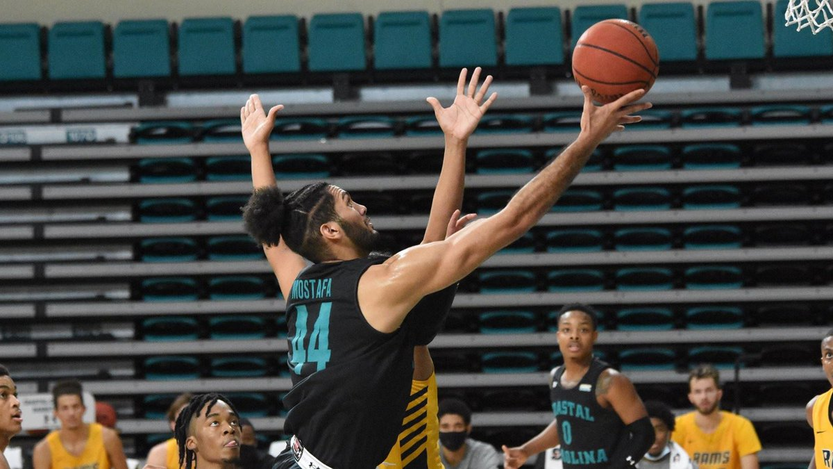Redshirt freshman forward Essam Mostafa collected a team-high 25 points to lead six players in...