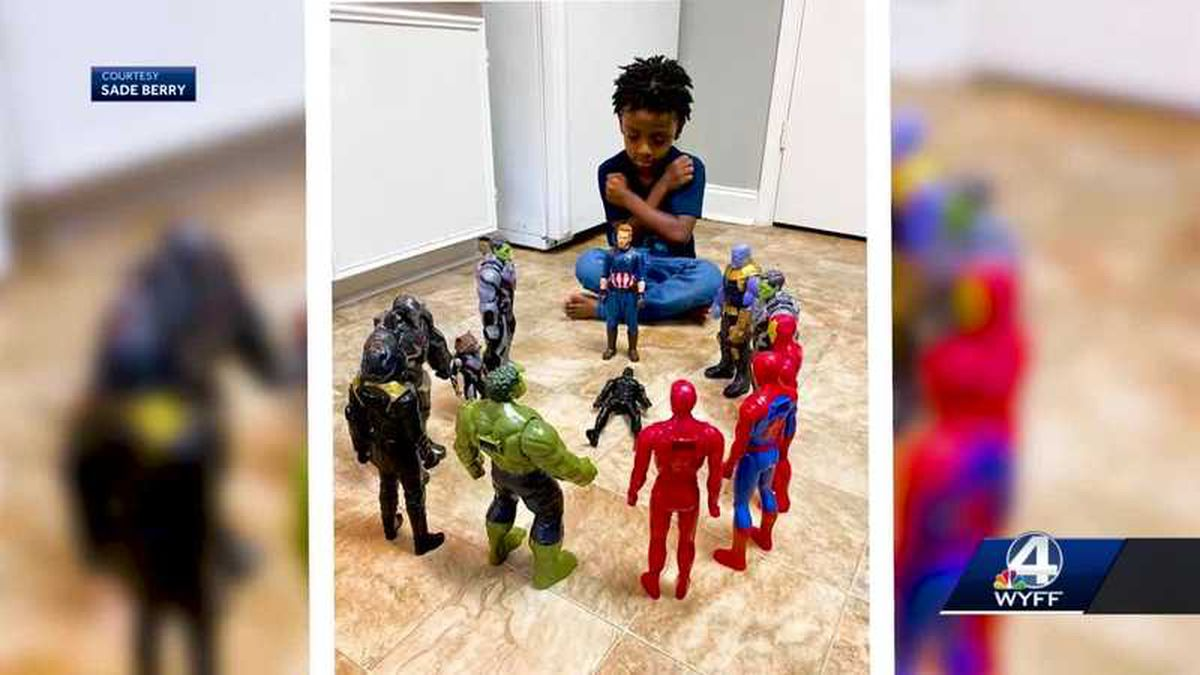 A South Carolina boy is honoring the memory of Chadwick Boseman in a photo that has gone viral.