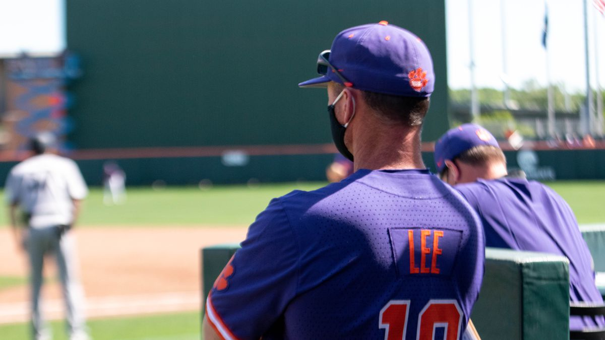 The Tigers, who took a 2-0 lead in the series, won their fifth game in a row and improved to...