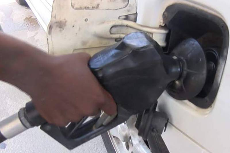 GasBuddy's daily survey of 3,028 stations in South Carolina says that the average price of...