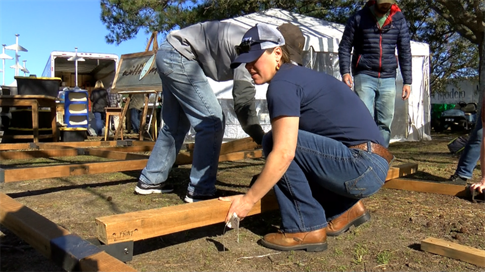 Crews set up spaces at Brittlebank Park for SEWE (Source: Live 5)