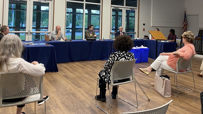 James Island town council members are calling on Mayor Bill Woolsey to formally apologize after...