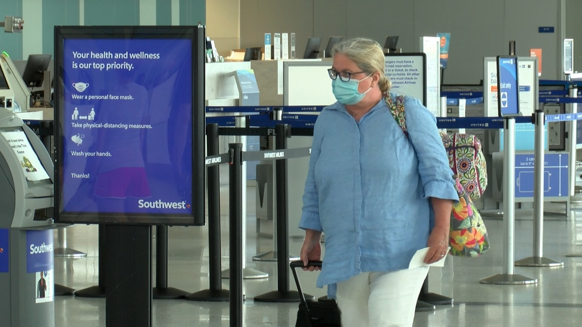The Charleston International Airport is set to see its fewest fliers over a Memorial Day...