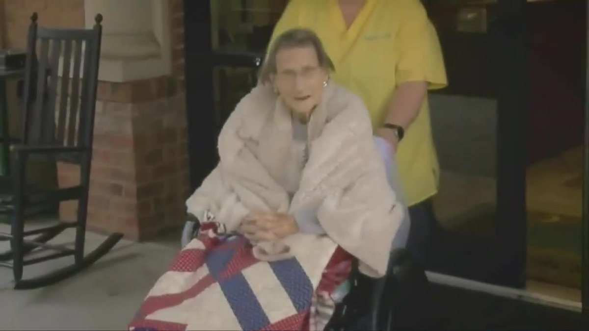 Retired WWII nurse celebrates 100th birthday in Horry County