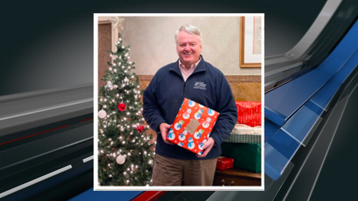 South Carolina State Treasurer Curtis Loftis is hoping to deliver some holiday green to South...