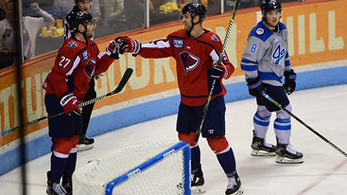 The Stingrays end the regular season with a 4-1 win over Jacksonville