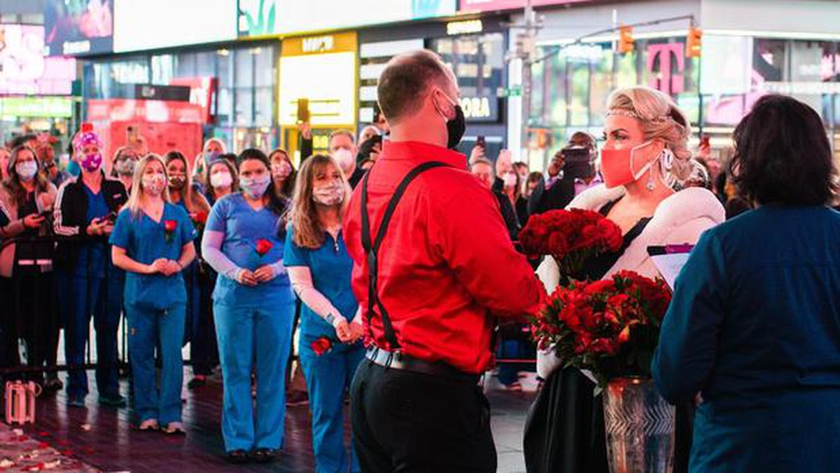 Other health care heroes lined he red carpet rolled out for Stuart's wedding in Times Square....