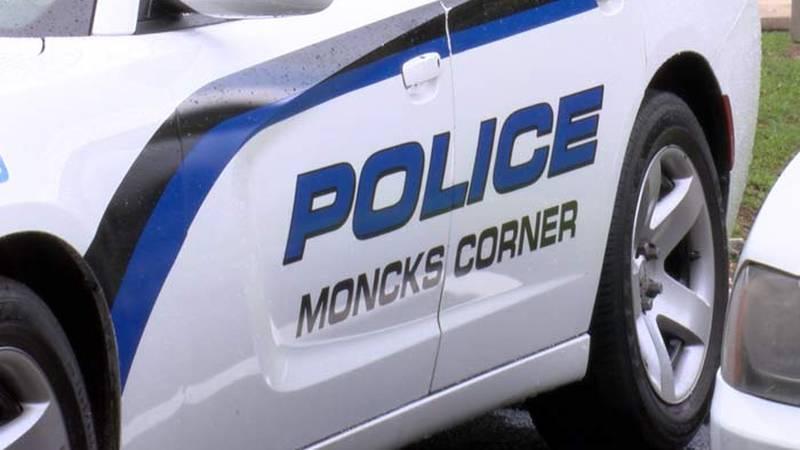 Moncks Corner officer resigns following bribery allegations .