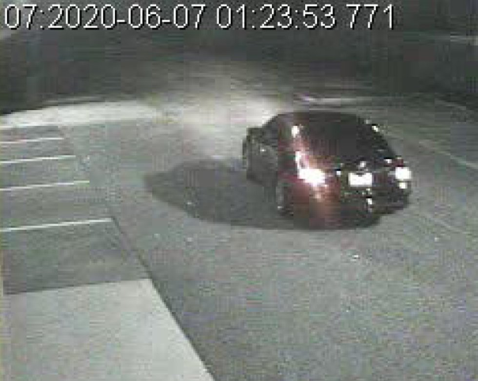 Picture of the suspect's vehicle