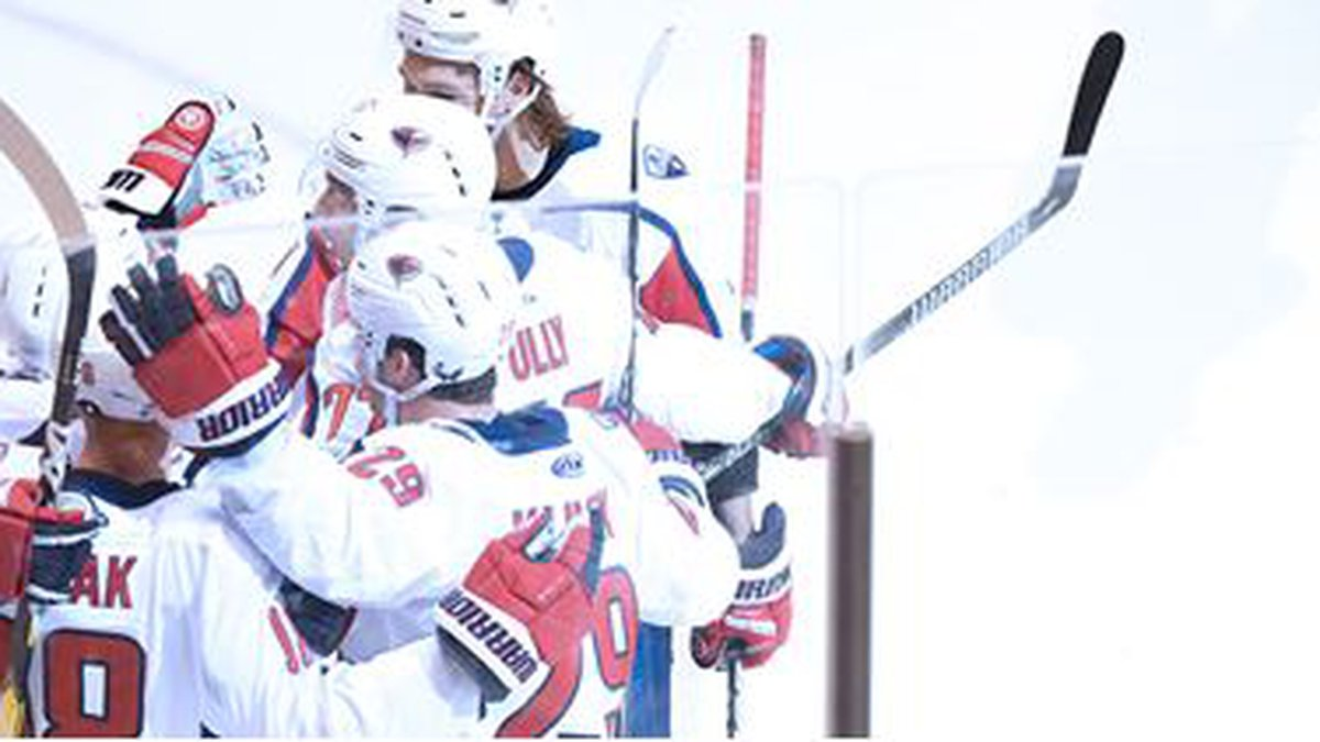 The Stingrays used 4 3rd period goals en route to a 5-3 win over Jacksonville on Friday