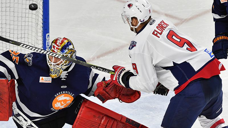 SC Takes 2-1 Series Lead with 3 Goals in Third Period