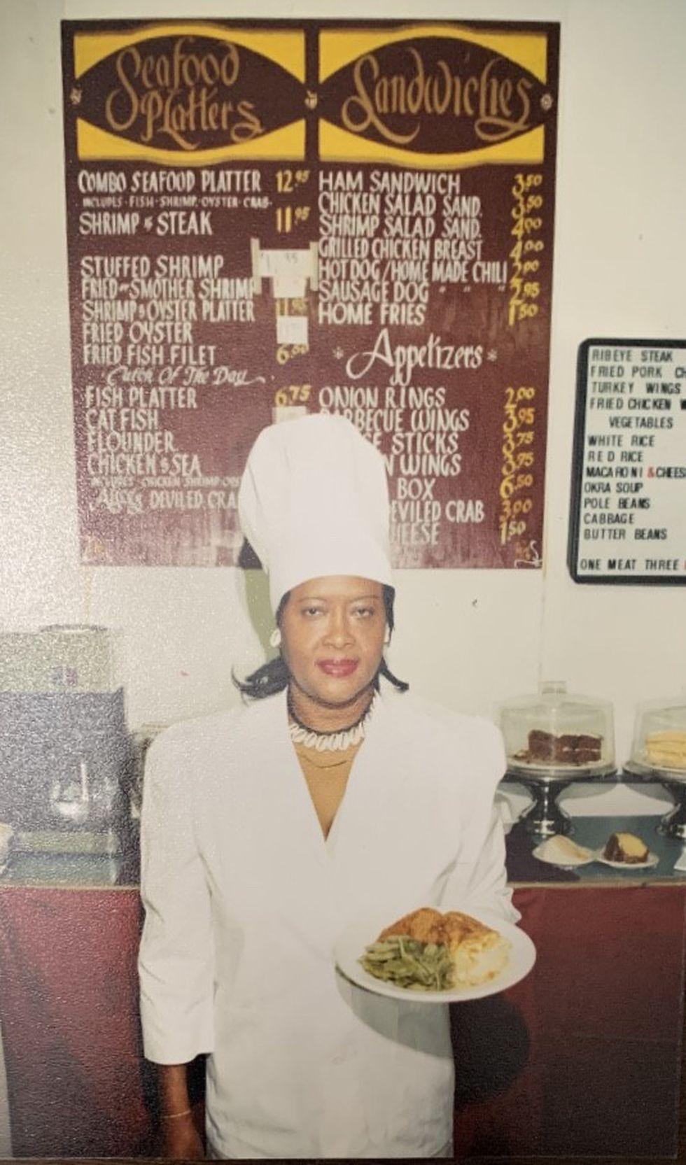Alice Warren had been a staple of the Charleston restaurant scene since the mid-1960s.