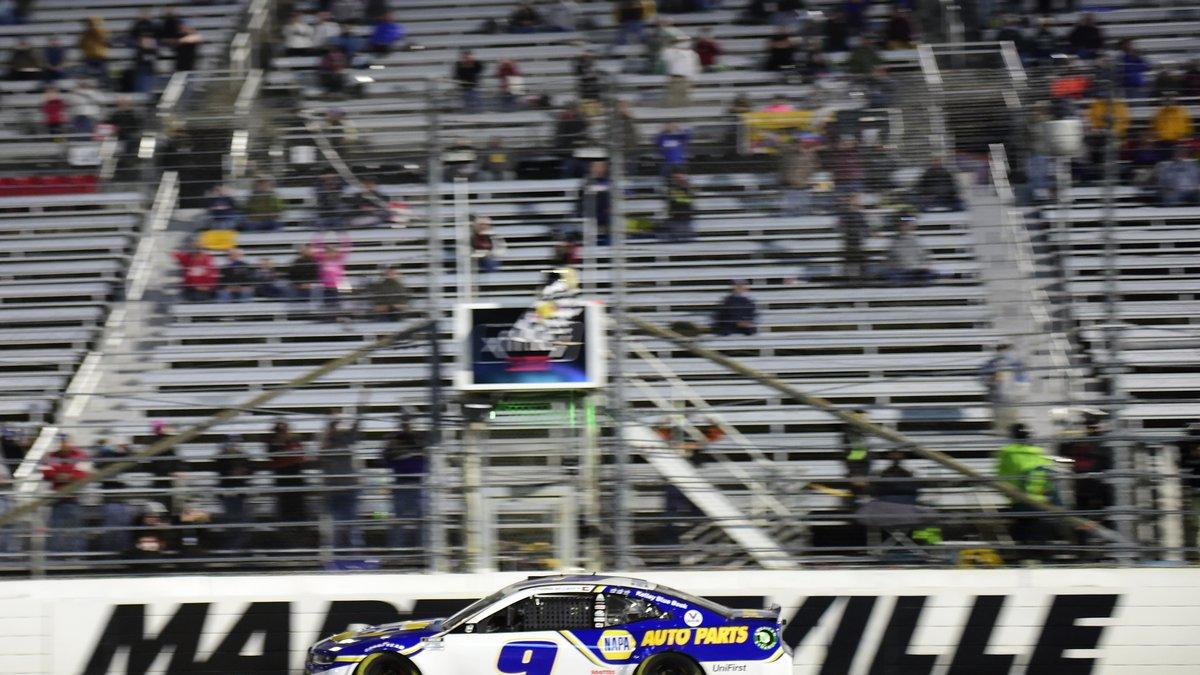 MARTINSVILLE, VIRGINIA - NOVEMBER 01: Chase Elliott, driver of the #9 NAPA Auto Parts...