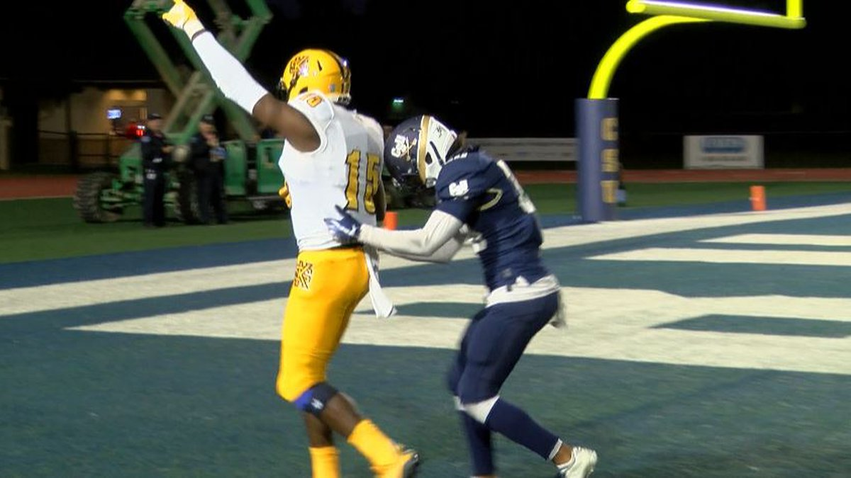 Kennesaw State beat Charleston Southern 38-10 in Big South play Saturday night.