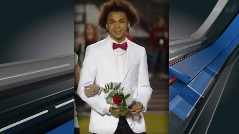 """Elijah """"EJ"""" Smith, 17, of Simpsonville, died at the hospital at about 4:30 a.m. Monday, the..."""