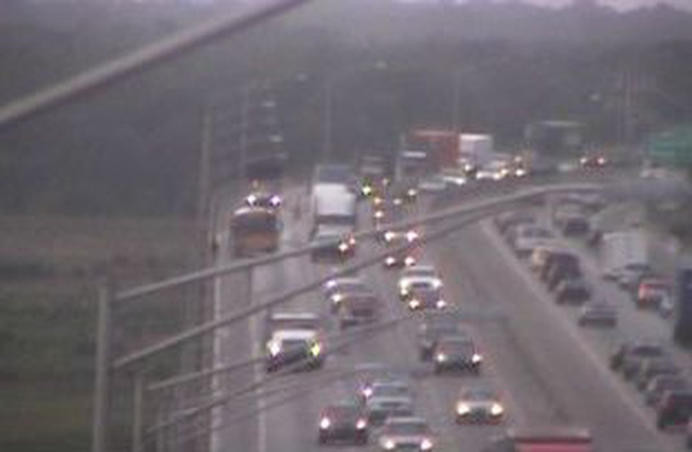 The school bus stationed in the far-right lane. (Source: SCDOT)